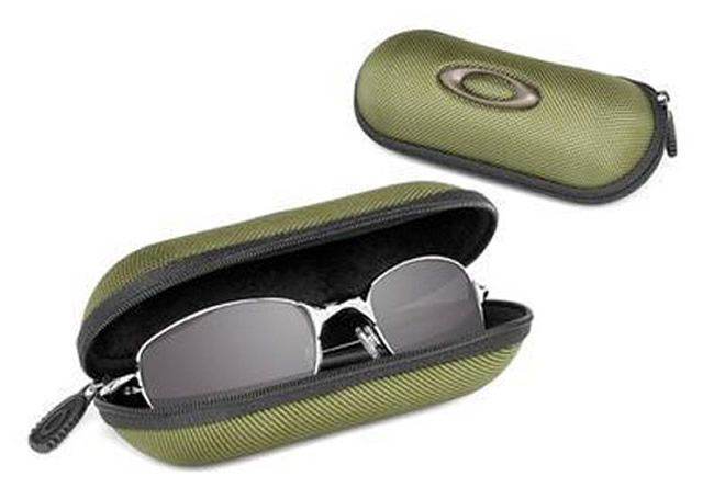 Image of Oakley Small Soft Vault Green 07-089
